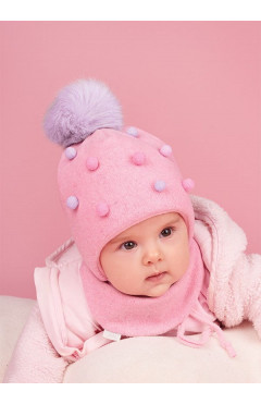 Зимняя шапка с натур. помпоном и манишка для девочки