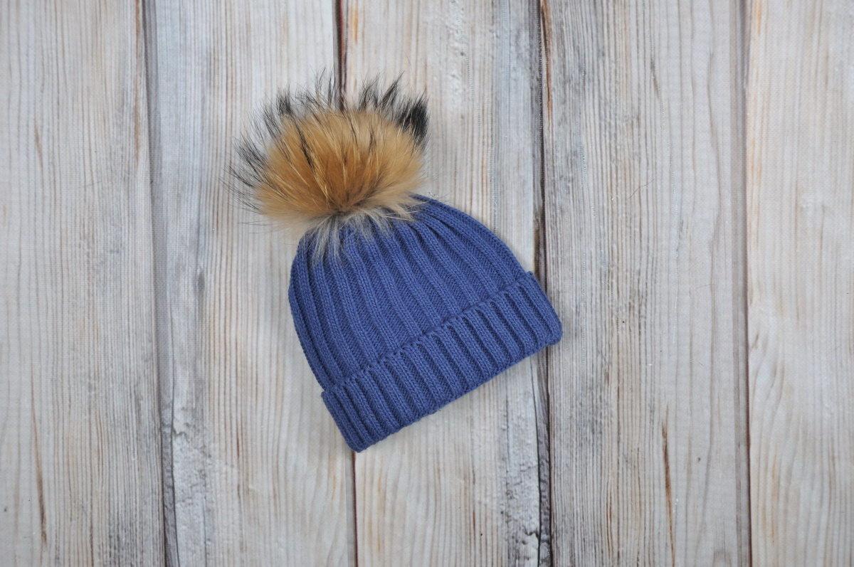 Зимняя шапка для мальчика с натур. помпоном